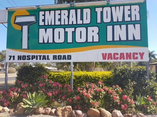 Фото отеля Emerald Tower Motor Inn