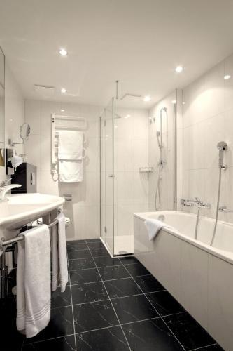 Romantik Hotel Wilden Mann Luzern room photos