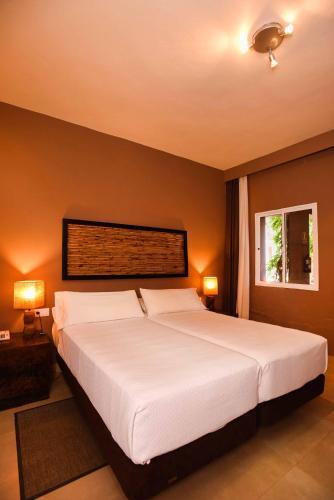 Habitación Doble - 2 camas Chillout Hotel Tres Mares 10