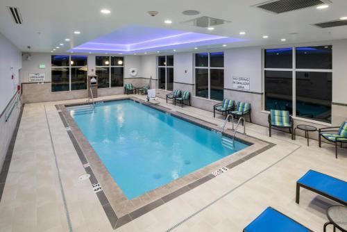 Hampton Inn & Suites Rocky Hill - Hartford South - Rocky Hill, CT 06067