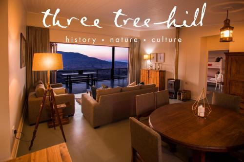 . Three Tree Hill Lodge