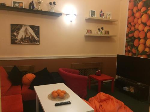 Orange Hostel - image 10