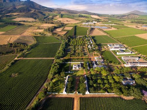 Klapmuts Road, 7670 Simondium, South Africa.