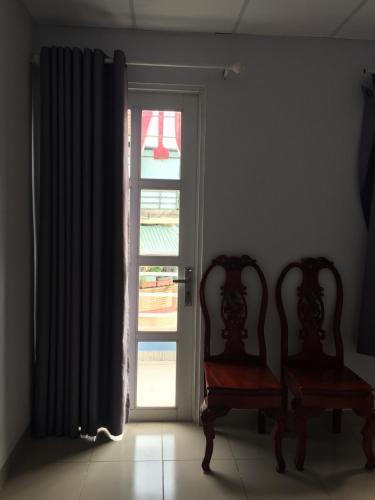 Nguyen Huong Hotel, Quận 2