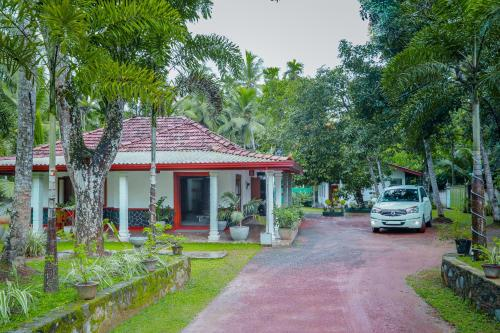 13 B&B's & Hotels in Veyangoda, Sri Lanica from $28 - Book Now!