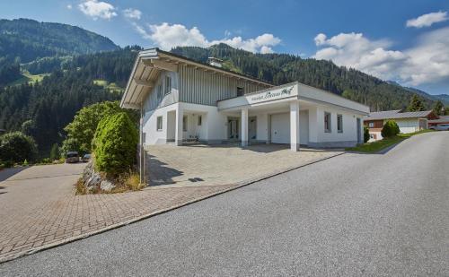 Hotel Birkenhof - Chalet - Saalbach Hinterglemm