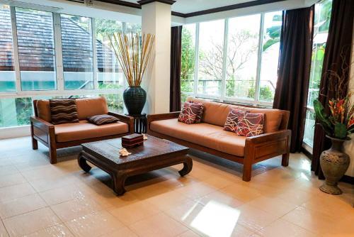 Wonderful, Spacious 2 Bedroom Apartment in Karon Wonderful, Spacious 2 Bedroom Apartment in Karon
