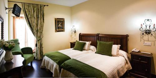 Twin Room Hotel San Antón Abad 5