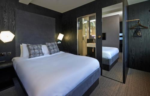 Bloc Hotel Birmingham - Photo 2 of 27