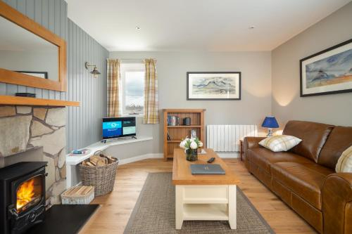 Highland Holiday Cottages picture 1 of 11