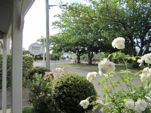 Фото отеля Arendon Cottage