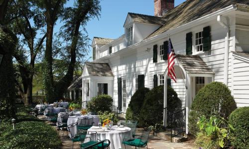 Three Village Inn - Stony Brook, New York
