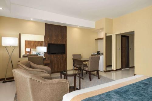 Howard Johnson Hotel photo 12