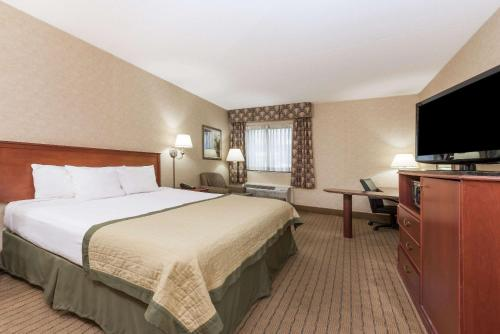 Baymont By Wyndham Indianapolis South - Indianapolis, IN 46237