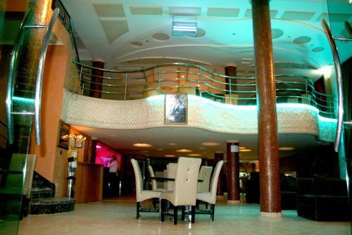 . Hotel Benhama