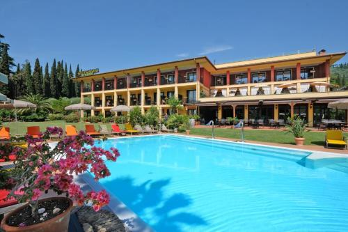 . Villa Madrina Wellness Resort Hotel