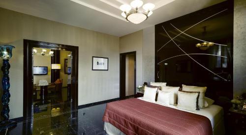 Baglioni Hotel Regina - The Leading Hotels of the World photo 6