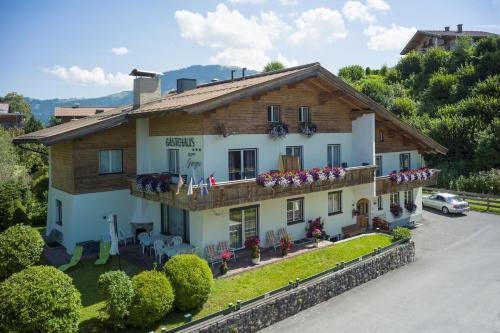 Gästehaus Greger - Accommodation - St Johann in Tirol