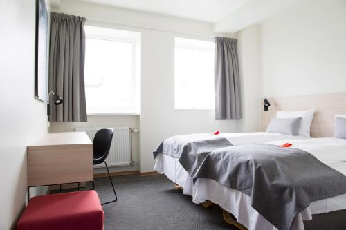 HotelCITY HOTEL - (SHARED FACILITIES)