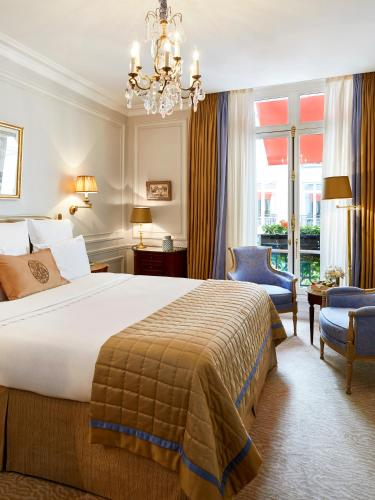 Hotel Plaza Athenee Paris photo 21