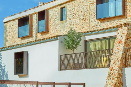 Carrer Nou, 10, 07630 Campos, Majorca.