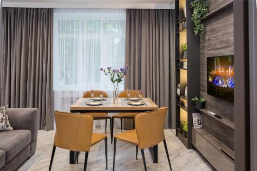 City Garden Apartments