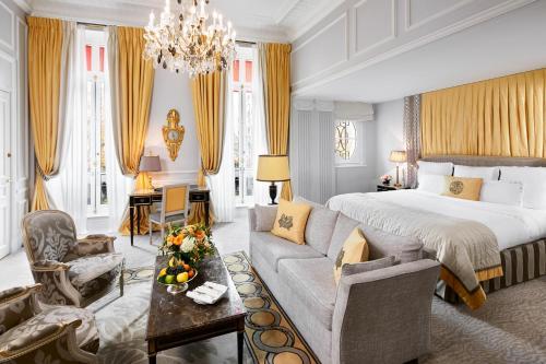 Hotel Plaza Athenee Paris photo 58