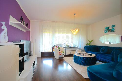 . ProFair Apartments Hannover near Fairgrounds- Entrance Sud