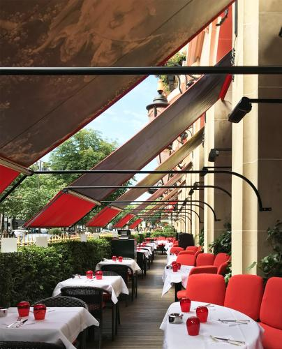 Hotel Plaza Athenee Paris photo 92