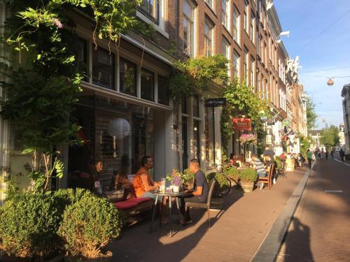 Herenstraat 26, 1015 CB Amsterdam, Netherlands.