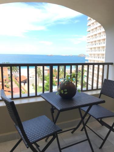 . Departamento 523 con playa dentro de Hotel en Ixtapa
