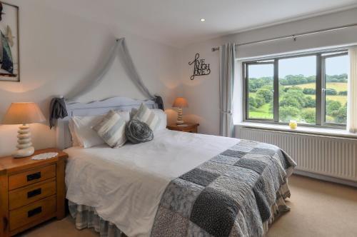 Cutlands Barn (Bed & Breakfast)