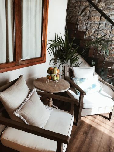 Eco Hotel Nos