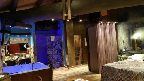 Suite de 1 dormitorio Hotel SPA Bodega El Lagar de Isilla 4