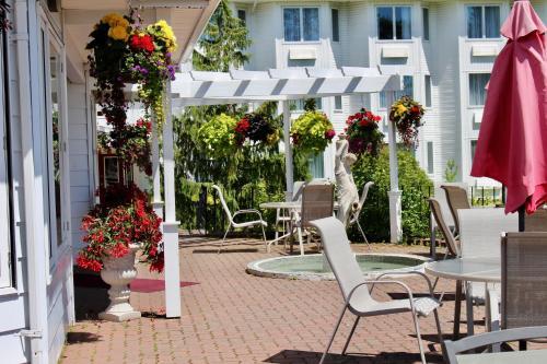 Auberge Gisele's Inn - Baddeck, NS B0E 1B0
