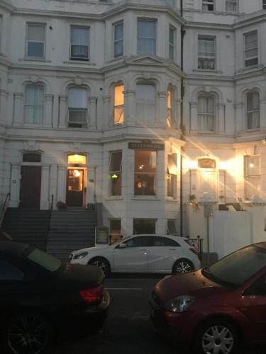 The Ellesmere Hotel Eastbourne picture 1 of 26