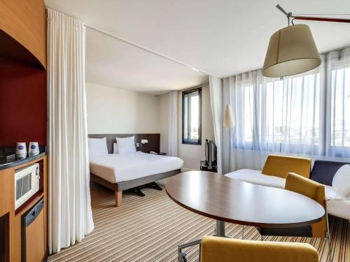 Novotel Suites Paris Nord 18ème photo 61