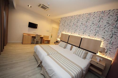 Habitación Doble Superior - 1 o 2 camas - Uso individual Hotel Château Viñasoro 4