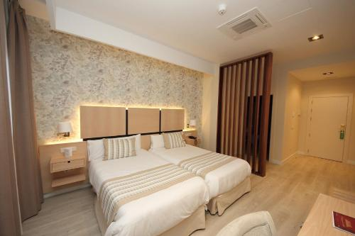 Habitación Doble Superior - 1 o 2 camas - Uso individual Hotel Château Viñasoro 20