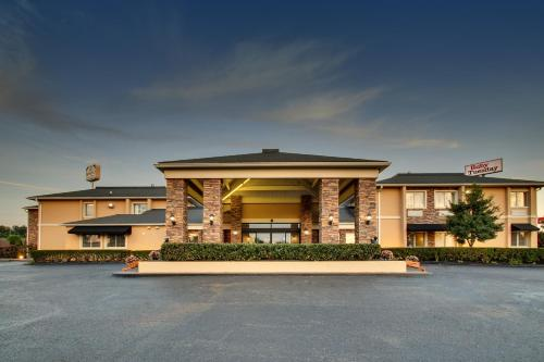 Wingfield Inn And Suites - Elizabethtown, KY 42701