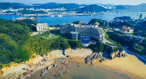 Golden Coast New Century Resort Wenzhou - Accommodation - Yueqing