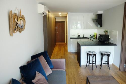 . Amber White apartment