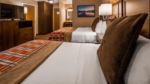 Best Western Plus Flathead Lake Inn & Suites - Kalispell, MT 59901