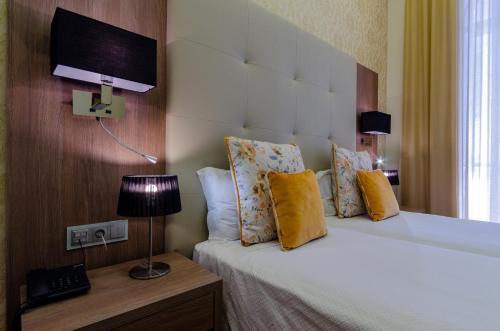 Hotel INN Rossio photo 57