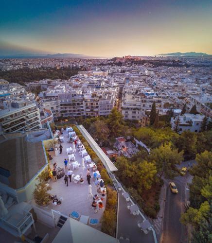 2, Kleomenous Str, Athens, 106 75, Greece.