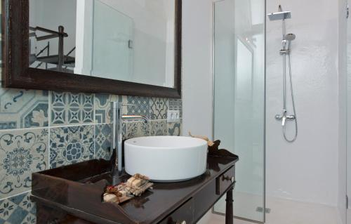 King Room with Mountain View Finca Isolina Hotel Boutique 7