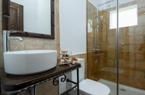 Junior Suite with Terrace - single occupancy Finca Isolina Hotel Boutique 22
