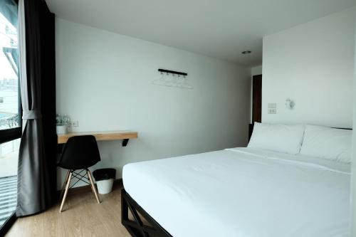 Wayha Hostel Don Mueang Airport photo 40