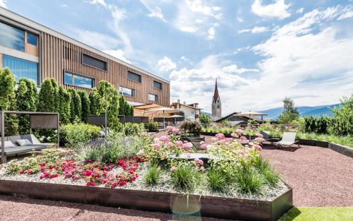 Apartment Lodge Gasserhof - Hotel - Bressanone