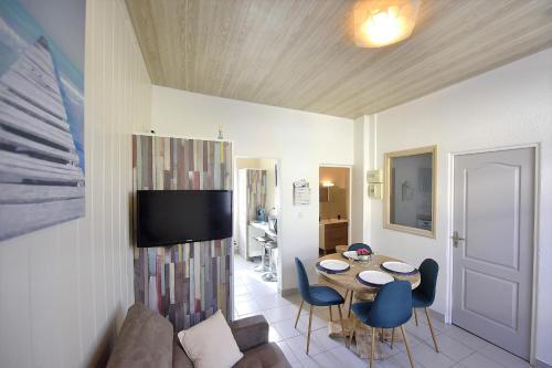 """. Appartement """"Mer"""" - 50m Front de Mer"""